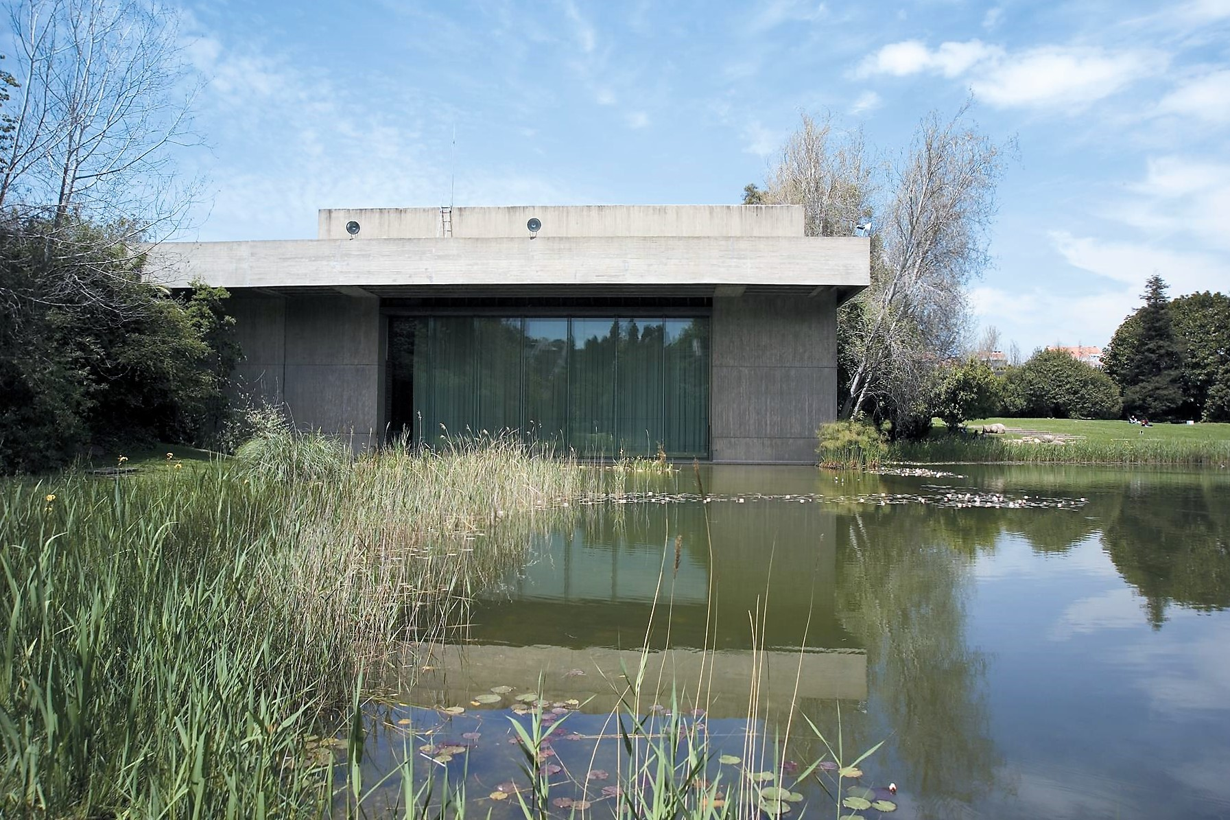 Gulbenkian Garden and Building