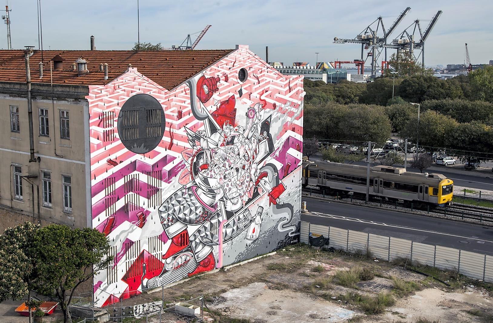 Pixel&Vhils street art lisbon
