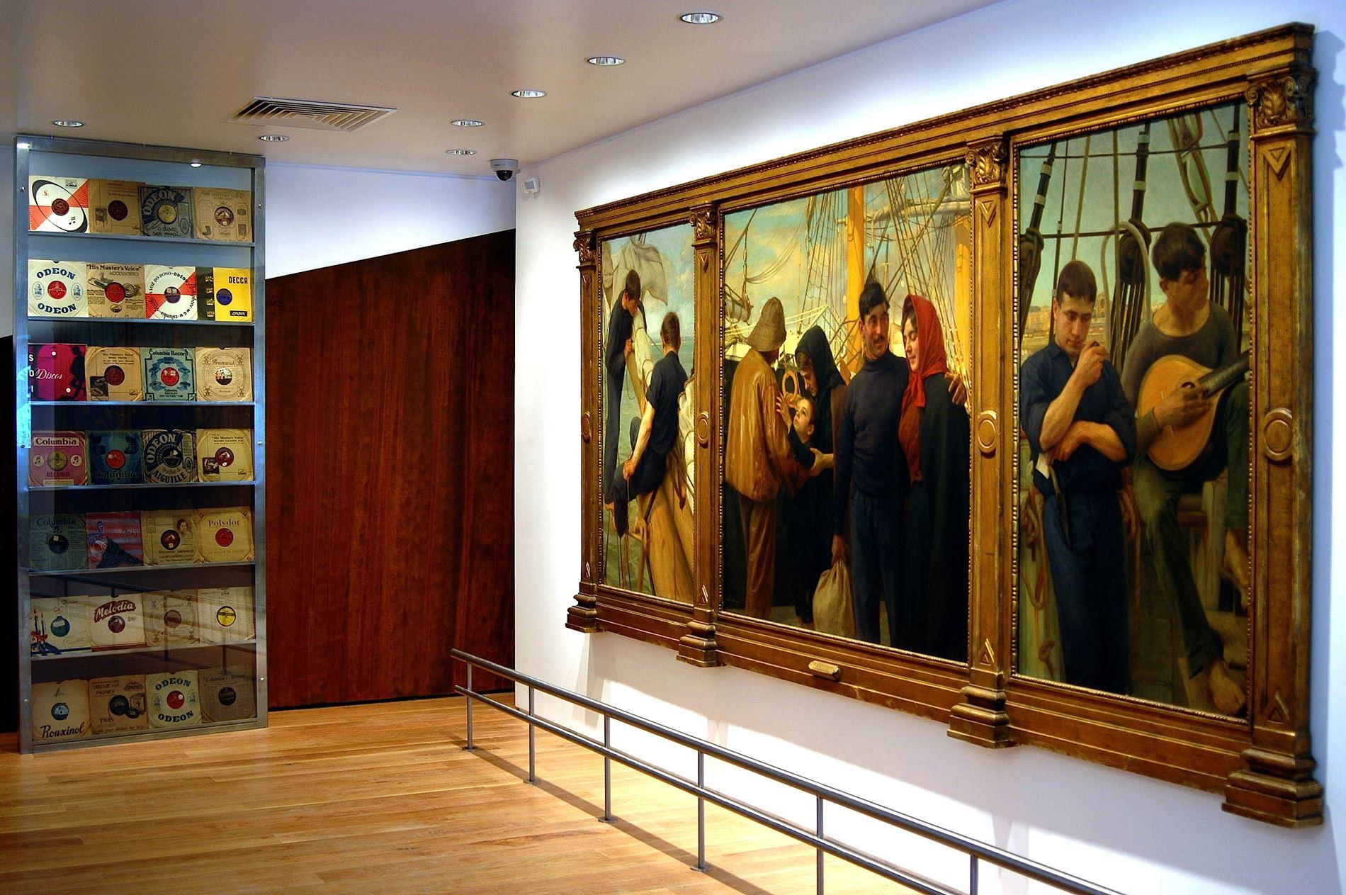 Interior do Museu do Fado
