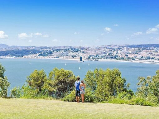 Romance with a view over the Tagus River